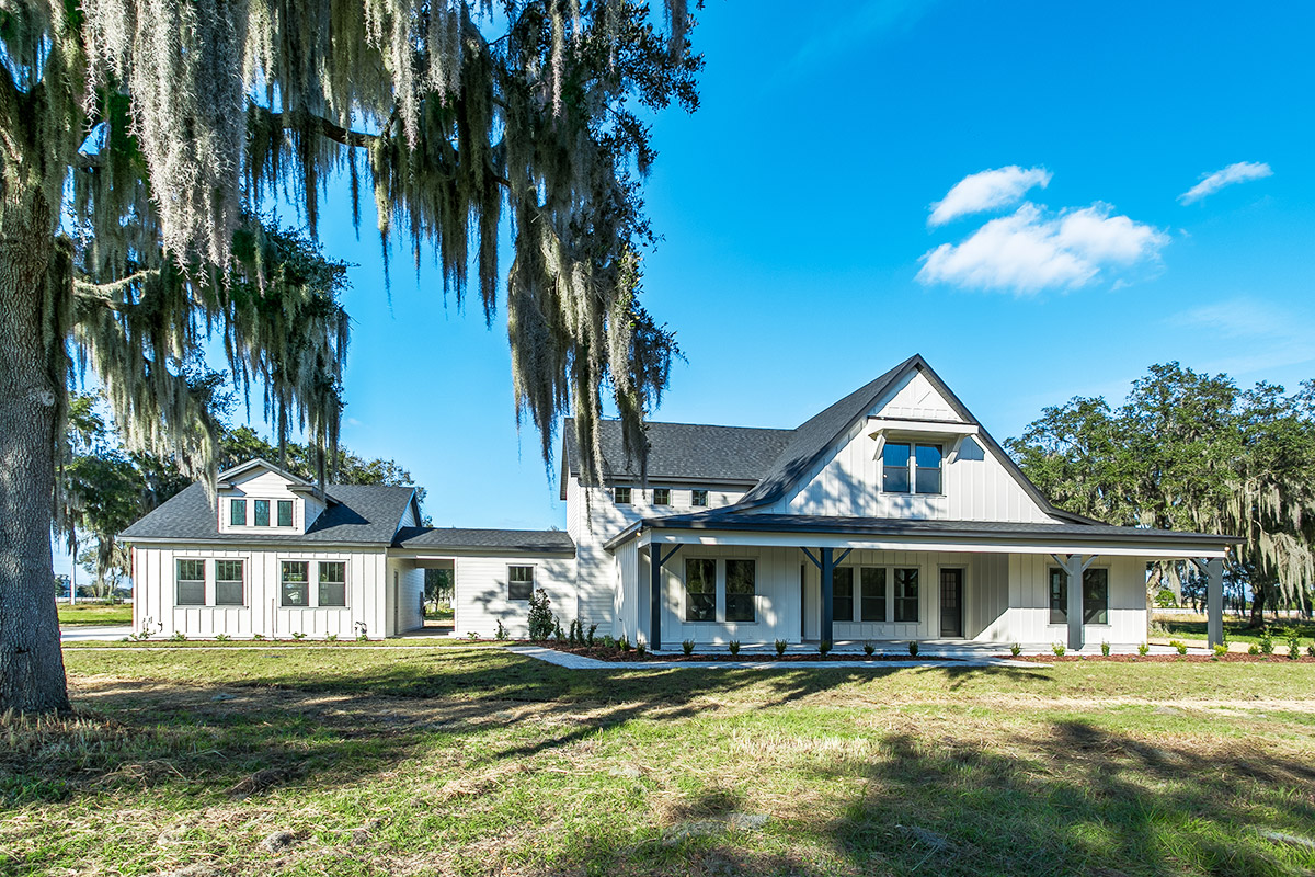 Amazing Country Farm Home in Lithia!